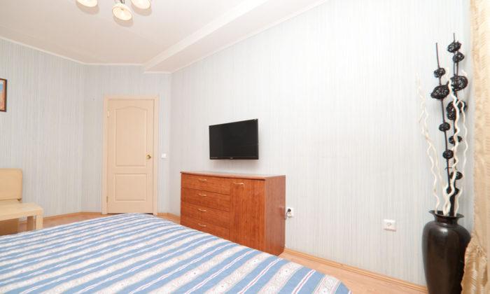 Однокомнатная квартира в элитном доме посуточно в Екатеринбурге