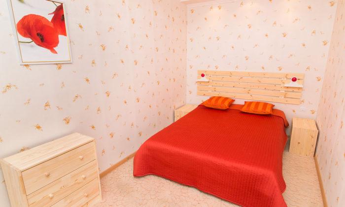 2-к квартира возле ЖД вокзала посуточно в Екатеринбурге